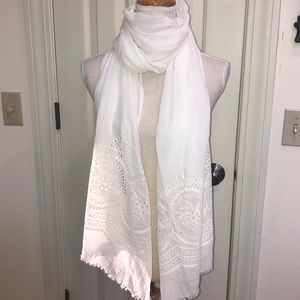Accessories - Beautiful cotton spring summer wrap/scarf/shawl.